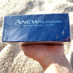 Avon Anew Platinum serum